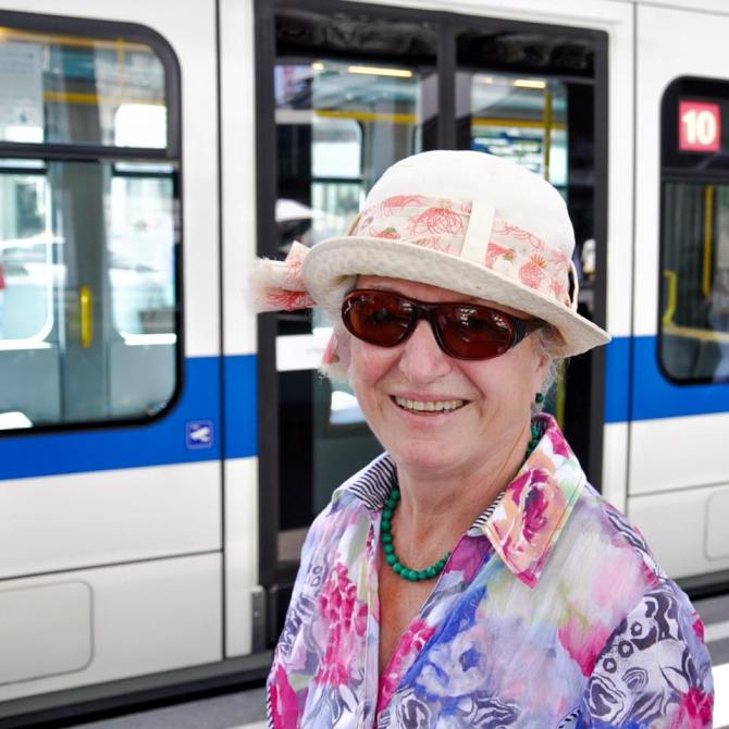 """I had to say goodbye to one of my closest friends last week. She died at the age of eighty-four. According to her last will we all wore colourful dresses at her funeral like this one here. It was really an exceptional experience. Oh, that's my tram... Nah, I'll take the next one. It's so lovely talking to you."""